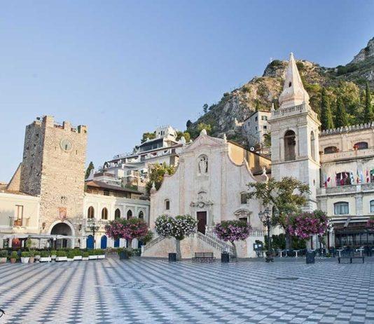 Piazza 9 aprile, Taormina
