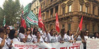 lavoratori del call center Qè in corteo di protesta invia Etnea