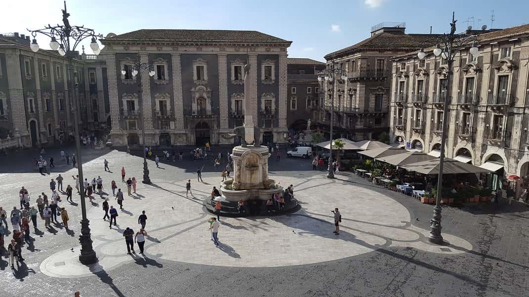 Divieti di circolazione a catania per la visita dei for Ufficio decoro urbano catania