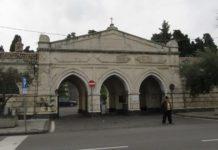 cimitero tre cancelli