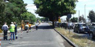 circonvallazione chiusa cantiere per riparare il danno e traffico