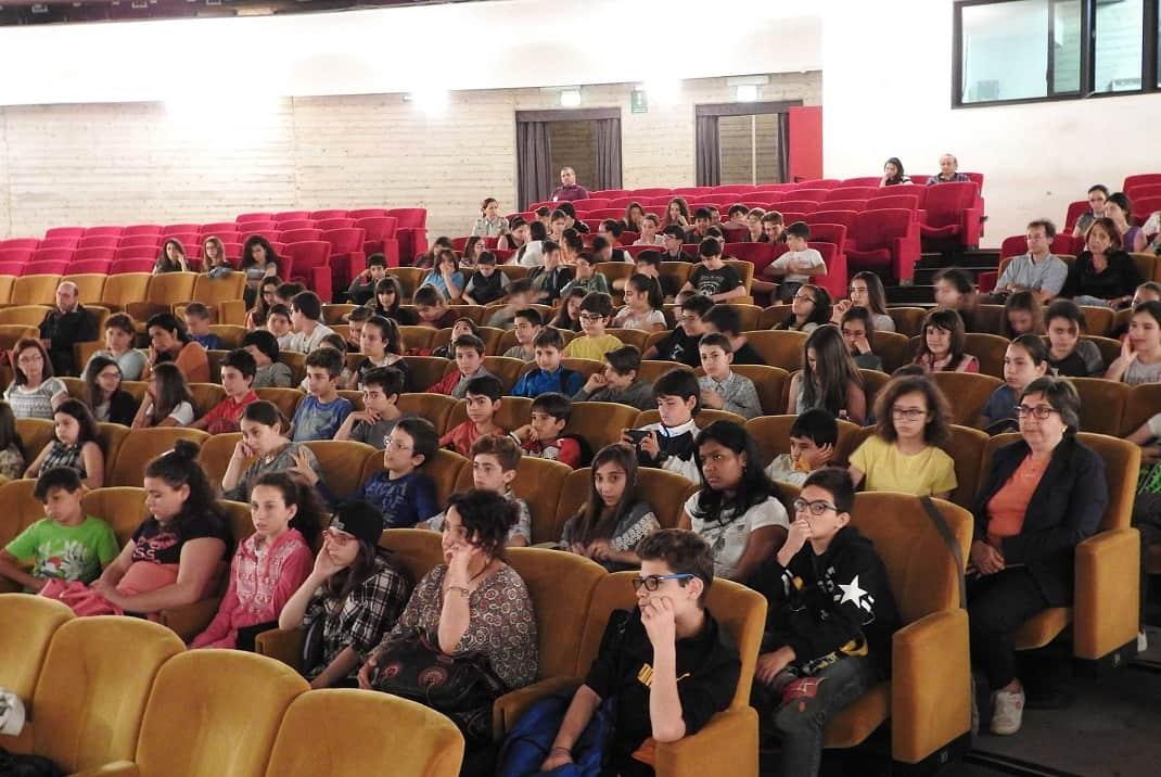 studenti scuole Calvino e Carducci di Catania alle Ciminiere
