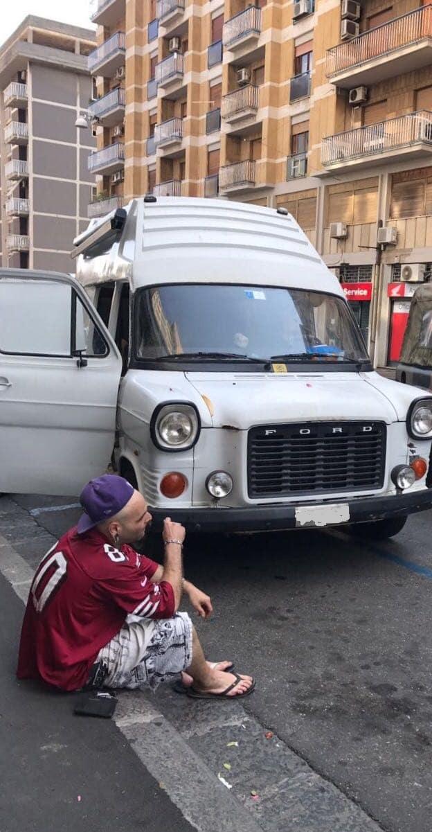 nomade furgone droga