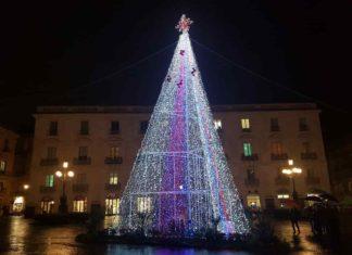 Albero di Natale, piazza Università, Catania