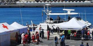 sbarchi migranti porto catania