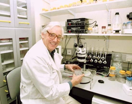 Prof. John Ernest Walker, premio Nobel per la chimica
