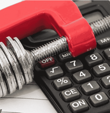impresa-economia-calcolatrice-soldi-tasse